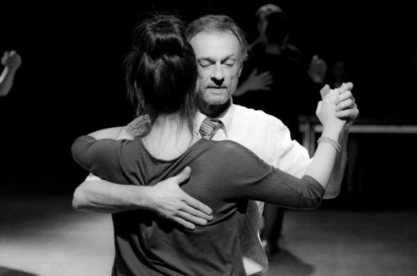 femme cherche partenaire de danse