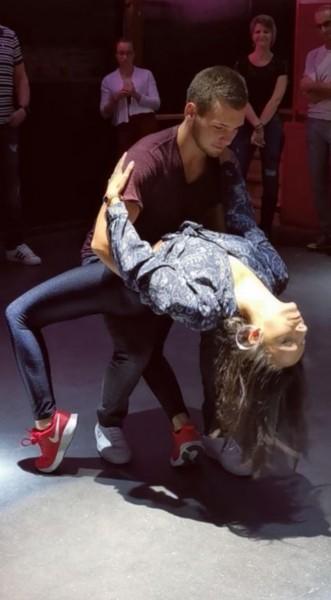 Quierobailar danseuse marseille partenaire danse for Danse de salon marseille