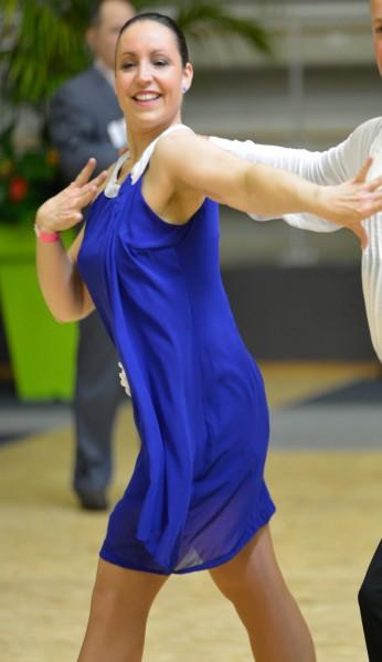 Laly26 danseuse bourg de p age partenaire danse for Recherche partenaire de danse de salon